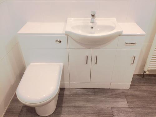 Bathrooms Photographs Liverpool James Foy Plumbing